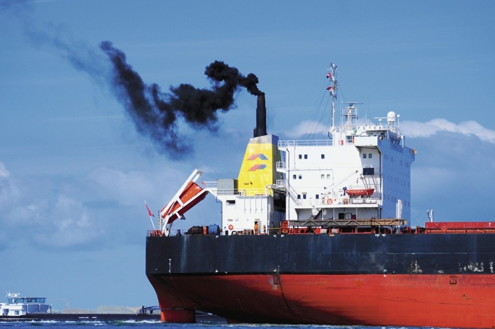 IMO urged to limit vessel speeds to cut carbon emissions